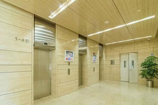 世纪科贸大厦电梯