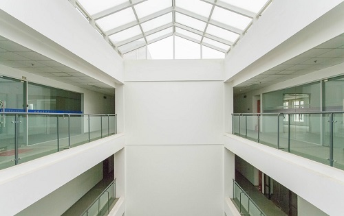 北美国际商务中心走廊