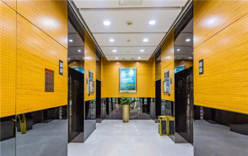 北京国际大厦电梯