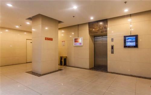 北发大厦电梯